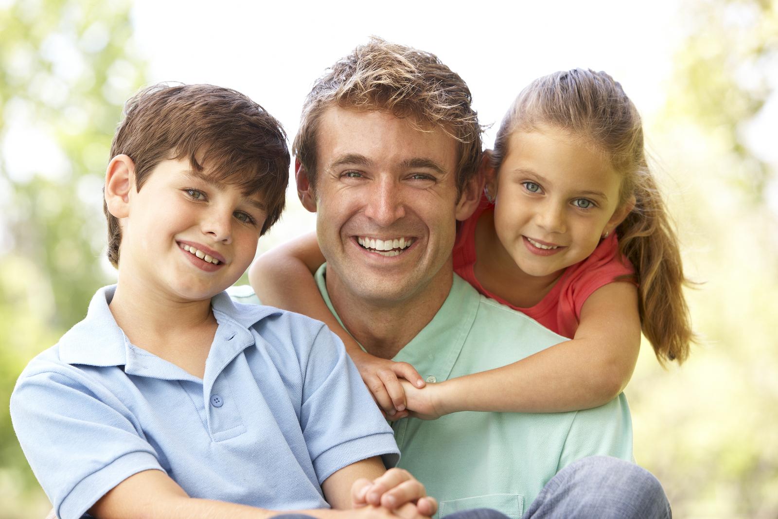 Можно ли уволить многодетного отца по инициативе работодателя